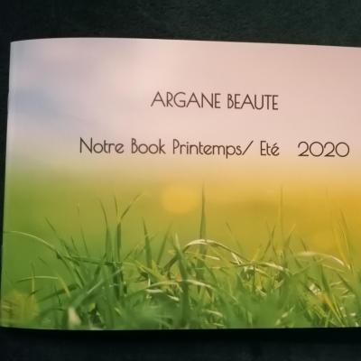Page 1 du livret argane beaute